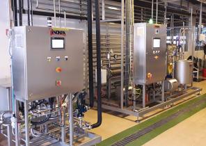 automatisk-udstyr-til-fremstilling-af-maelkeprodukter
