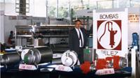 Candi Granés grundlægger INOXPA på baggrund af Bombas Félez, der beskæftigede sig med fabrikation af vandpumper.